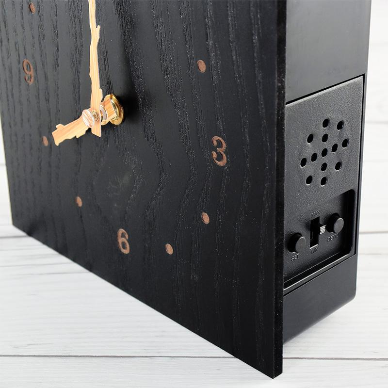 黒塗りの鳩時計6